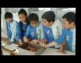 Siswa-Siswi SD Labschool UPI Kampus Bumi Siliwangi Bandung sedang membuat batik