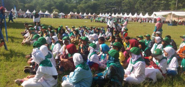 Kegiatan Jambore Literasi Jambore Literasi Jawa Barat 2017 merupakan ajang apresiasi bagi para siswa dan guru yang telah berhasil menaklukan tantangan membaca pada tahun 2016-2017. Jambore Literasi ini merupakan salah […]